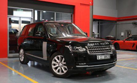 Range Rover mieten in Dubai bei Edel & Stark