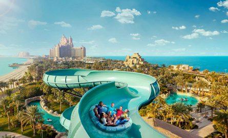 Aquaventure Wasserpark in Dubai mit vielen Rutschen und Attraktionen