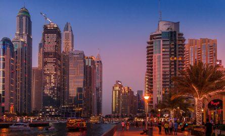 Dubai Marina in der Abendsonne