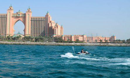 Jet Ski Tour vor dem Hotel Atlantis in Dubai