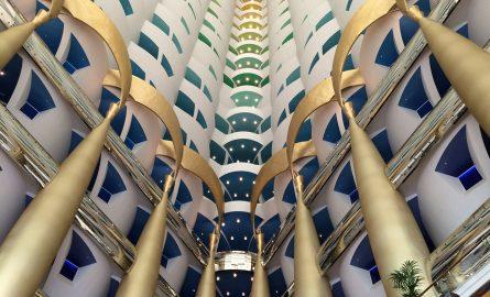 Innenarchitektur im Burj al Arab Hotel in Dubai