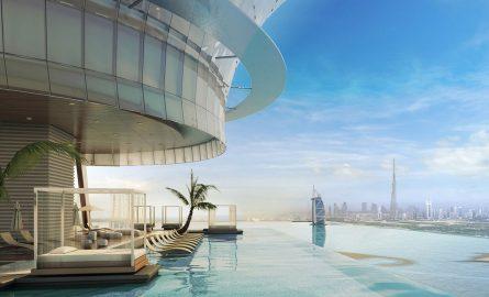 Infinity Pool im Palm Tower